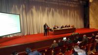 Marosi Gábor előadását tartja a növénytermesztés aktuális kérdései témában szervezett konferencián