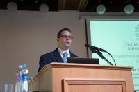 Dr. Ruthner Szabolcs - a közgyűlés idején ügyvezető igazgató (VSZT)